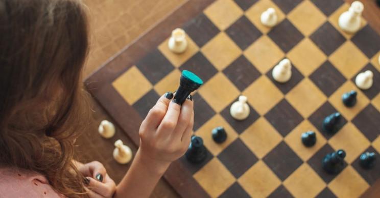 Про шахматы и Queen's Gambit